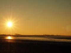 Sonne an der Küste (Pico 69) Tags: nordsee bensersiel idylle abendhimmel strand küste natur landschaft pico69