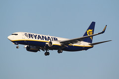 Boeing 737 EI-DYV RYANAIR (Barry Swann) Tags: dublin ireland manchester ryanair b737 boeing