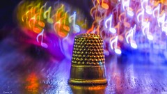 Bokeh Music - 6418 (ΨᗩSᗰIᘉᗴ HᗴᘉS +42 000 000 thx) Tags: meyer trioplan magical magic dice dé déàcoudre bokeh macro color couleur colorful colour belgium europa aaa namuroise look photo friends be wow yasminehens interest eu fr greatphotographers lanamuroise flickering metal sony a6000 sonya6000