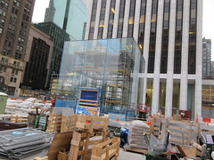 Newly Revamped Mac Store Glass Cube Entrance 7527 (Brechtbug) Tags: getting ready the newly revamped mac store glass cube entrance across from plaza hotel 5th avenue 58th street new york city 12092018 nyc 2018 macintosh computer still under refurbishing construction about open soon midtown manhattan