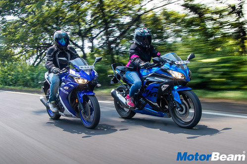 Yamaha-R3-vs-Kawasaki-Ninja-300-17