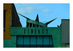 Spiked (TooLoose-LeTrek) Tags: liberty america urban minimal