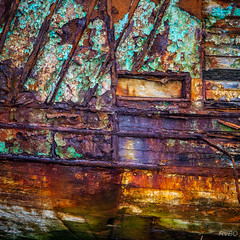 Mémoires de mer (RVBO) Tags: bretagne breizh brittany finistère epaves couleurs carré mer rouille rust bateau boat