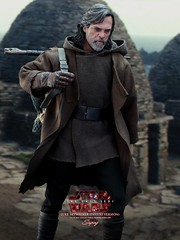 lukeDX_008a (siuping1018) Tags: hottoys disney siuping starwars thelastjedi luke rey photography actionfigures onesixthscale toy canon 5dmarkii 50mm