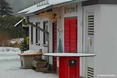 fire station (GerWi) Tags: schollenreuth teich wasser eis winter haus celebrating anlegestelle feuerwehrhaus