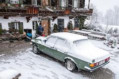 Austrias's most famous car (Bergfex_Tirol) Tags: austria österreich autriche oesterreich oostenrijk car snow auto winter schnee tirol tyrol ellmau bergdoktor bauernhaus farmhouse mercedes benz