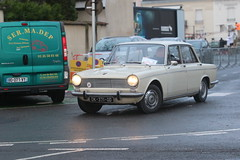 Simca 1500 (CHRISTOPHE CHAMPAGNE) Tags: 2018 france epernay marne champagne habits lumiere simca 1500