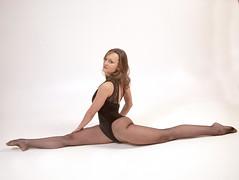 MEM'STUDIOS WORKSHOP (FRANCO600D) Tags: muaalanpiccinujeacademy vika viktoria vikavolosyanska girl ragazza model modella mem memstudios memstudiosworkshop memstudiospaviadiudine acrobazia spaccata yoga elasticità canon eos6dmarkii 6dmarkii canon6dmarkii ud fvg studio franco600d