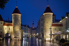 Viru Gate in Tallinn (radkuch.13) Tags: europe estonia tallinn gate history oldtown bluesky bluehour rainy town city sony sonyalpha a7ii voigtlander