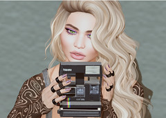 Shake It Like A Polaroid Picture (Reaghan Resident) Tags: spicy lelutka belleza pkc junkfood hipstermensevent truthhair taoxtattoo studioexposure secondlife blogging fashion animare mesh bento livia