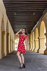 L R (jmiguel.mendoza) Tags: architecture beautiful woman moda retrato portrait mexican portraits teens méxico jeens dresses gente girl city young monterrey
