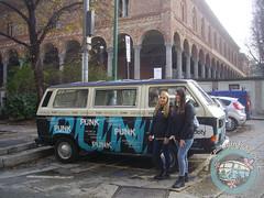 Gazzelle Punk - Statale (partyinfurgone) Tags: affitto album epoca evento furgone gazzelle hippie limousine milano musica noleggio promo promozione pubblicità pulmino punk spotify storico t3 vintage volkswagen vw