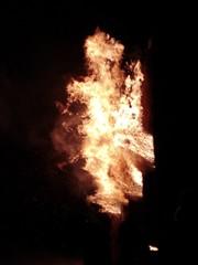 Christmas On Fire, 24. Dezember 2018 (Morgentor / Morning Gate) Tags: fackelbrand traditioneller weihnachtsfackeln weihnachtlich weihnachten 24 dezember 2018 badliebenstein schweina thüringen wartburgkreis thuringia wartburgcounty antoniusmountain heiligabend christmaseve historisch brauch brauchtum spektakel lodern riesengros bindegemeinschaft heilige nacht holy night sonnenwendfeier antioniusberginflammen antoniusmountaininflames christmasonfire