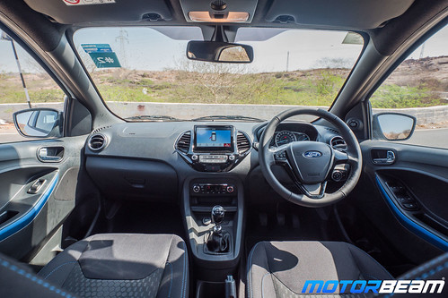 2019-Ford-Figo-26