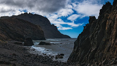 Playa del Trigo (Jörg Bergmann) Tags: 2018 alojera islascanarias lumixg20f17 lagomera panasonic20mmf17 panasonicdmcgf7 pancake playadeltrigo beach canarias canaryislands cliffs coast españa fall gf7 gomera lumix lumix20mm m43 mft micro43 microfourthirds november ocean panasonic rainbowgathering rocks sea seascape spain travel vacation water μ43 otoño herbst autumn