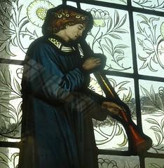 [69070] Birmingham : BM&AG - Minstrel with Shawm (Budby) Tags: birmingham westmidlands artgallery museum stainedglass window preraphaelite