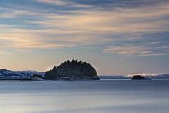 Billetholmen (Trond Sollihaug) Tags: billetholmen stjørdal trøndelag norway sea winter seaside island islet trondheimsfjord bigsky canoneos5dmkiv canonef24105mmf4lisiiusm nisi