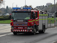 SG02 UKW Scottish Fire and Rescue Service (C812JGB) Tags: scania 94d 260 emergency one spare appliance scottish fire rescue service sg02 ukw sg02ukw pump pumper lorry truck 999 hose ladder glasgow scotland firefighting firefighters fireman fireengine firetruck firemen clydebank