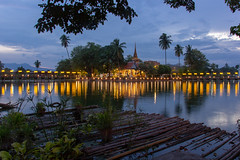 Wat Traphang Thong (Ralph Apeldoorn) Tags: chedi stupa sukhothai temple wattraphangthong mueangsukhothai changwatsukhothai thailand th