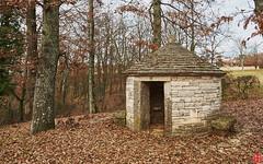 A little Garden House in Žminj. (Eadbhaird) Tags: croatia istria žminj stone hut architecture groznjan hrv