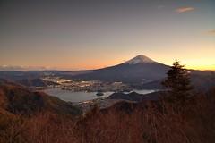 新道峠 河口湖眺め (龔丸) Tags: 河口湖 山梨 富士山 fuji 新道峠 flickrtravelaward