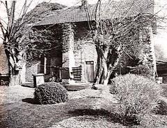 Vestige du puits Saint-Paul