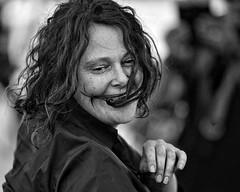 dancing wave (gro57074@bigpond.net.au) Tags: dancingwave portraiture candidportrait portrait candid 2019 march sydney parramatta f28 70200mmf28 nikkor d850 nikon monochrome monotone mono bw blackwhite woman guyclift