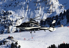 IMG_3980 (Tipps38) Tags: hélicoptère aviation photographie montagne alpes avion courchevel neige helicopter 2019 planespotting