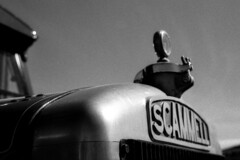 Scammell (MikeOB64) Tags: fomapan truck scammell pentax sfx sf1 35mm