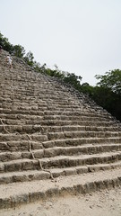 2017-12-07_12-26-38_ILCE-6500_DSC03023 (Miguel Discart (Photos Vrac)) Tags: 2017 24mm archaeological archaeologicalsite archeologiquemaya coba e1670mmf4zaoss focallength24mm focallengthin35mmformat24mm holiday ilce6500 iso100 maya mexico mexique sony sonyilce6500 sonyilce6500e1670mmf4zaoss travel vacances voyage yucatecmayaarchaeologicalsite yucateque