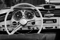 6Q3A8532 (www.ilkkajukarainen.fi) Tags: suomi finland finlande griuising helsinki visit travel travelling blackandwhite mustavalkoinen monochrome car auto mercedesbenz ratti konelauta mersu nostalgia