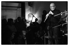 Lino Capra Vaccina @ Cafe Oto, London, 12th January 2018 (fabiolug) Tags: linocapravaccina minimalism percussions percussionist cafeoto london dalston music gig performance concert live livemusic leicammonochrom mmonochrom monochrom leicamonochrom leica leicam rangefinder blackandwhite blackwhite bw monochrome biancoenero zeisscsonnartf1550mmzm zeisszm50mmf15csonnar zeisscsonnar zeisssonnar zeiss sonnar 50mm sonnar50mm 50mmf15