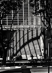 2018-11-16_05-14-22 (jumppoint5) Tags: blackandwhite pattern street city people light shadow urban building