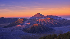 Mount Bromo (3dgor 加農炮) Tags: mount bromo volcano landscape gfx fujifilm highland sunrise