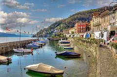 Cannobio (Italia) (Esteve Roca) Tags: esteveroca paisages lagos mar agua colores italia cannobio europa texturas paises