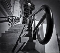 Fotografía Estenopeica (Pinhole Photography) (Black and White Fine Art) Tags: fotografiaestenopeica pinholephotography pinhole estenopo lenslesscamera camarasinlente estenopeica stenopeika sténopé sanjuan oldsanjuan viejosanjuan puertorico bn bw kodaktmax400exp2008 pelicula expirada peliculaexpirada expiredfilm 2008