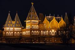 Royal Palace (gubanov77) Tags: night palace moscow russia kolomenskoyepark kolomenskoye nagatinosadovniki architecture building moscowphotography