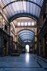 Hall - Napoli (Coquelicot40) Tags: naples napoli architecture italie italia travel voyage verriere hall fenetre interieur lumiere nikon d5100 windows europe