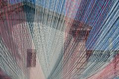 Arles, couleurs d'été (Corinne Queme) Tags: arles été fils couleurs lignes