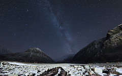 FA171568 edit E-M5ii 8mm iso800 f2 30s 0 (Mel Stephens) Tags: milky way 20181017 201810 2018 q4 16x10 8x5 wide widescreen olympus mzuiko mft microfourthirds m43 8mm fisheye pro omd em5ii ii mirrorless night nighttime le long exposure svalbard nybyen spitsbergen spitzbergen astro astrophotography star stars sky best landscape scape