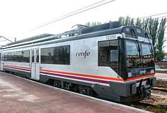 RENFE Regional Services Class 440 EMU No. 9-470-122 at Alcázar de San Juan on 20 Oct 2018 (Trains and trams eveywhere) Tags: renfe spain emu regionalservices caf electric train railways espana m122 m470 m440