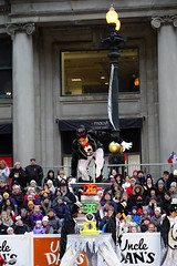 Chicago Thanksgiving Parade (samaelsworkshop) Tags: ifttt 500px football recreation performance teenage boy arms raised standing one leg motion agility spotlight high heels go dancer victory fist competition track field cheering warmers leggings leotard jumping outstretched dancing pantyhose athlete crowd kicking hand legs apart skateboard spectator parade austerity audience footrace regent street large group people sidewalk stadium flag