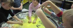 Sensory Fun (Making a Mess !)