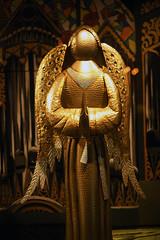 Golden Angel (Anthony Mark Images) Tags: angel goldenangel art windowdisplay bronnerschristmaswonderland frankenmuth michigan usa christmasstore bronners wings beautiful pretty gold metalsculpture nikon d850