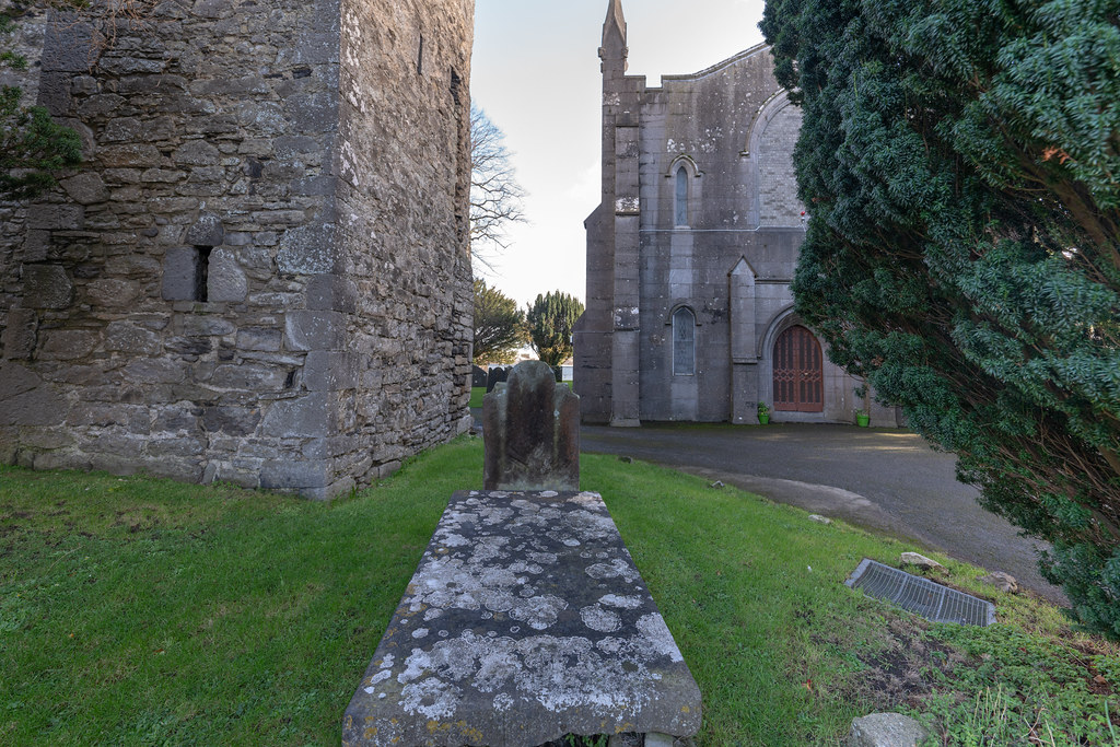 ST COLUMBA'S CHURCH AND GROUNDS IN SWORDS COUNTY DUBLIN [CHURCH ROAD]-148797