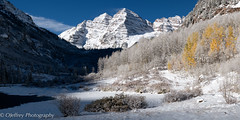 Fall yields to Winter (OJeffrey Photography) Tags: maroonbells snow winter fallcolors fallcolor autumn mountains coloradorockymountains rockymountains colorado co panorama pano ojeffreyphotography ojeffrey jeffowens nikon d850