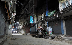 P1060322 (ernsttromp) Tags: nepal olympus omd em10 918mmf456 microfourthirds mirrorless mft m43 street night kathmandu light road mzuiko frontage city urban darkness architecture 2018 facade house 16x10