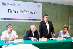 "Firma de convenio SAI y CEPCO • <a style=""font-size:0.8em;"" href=""http://www.flickr.com/photos/135969309@N03/44202551170/"" target=""_blank"">View on Flickr</a>"