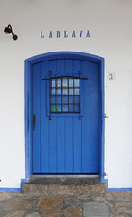 LA BLAVA (Joan Biarnés) Tags: calelladepalafrugell costabrava baixempordà porta puerta reflexes reflejos 285 panasonicfz1000
