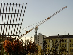 Work in progress and communications. Milano (diegoavanzi) Tags: milano milan italia italy lombardia lombardy sony hx300 bridge grattacieli cantiere gru crane construction yard